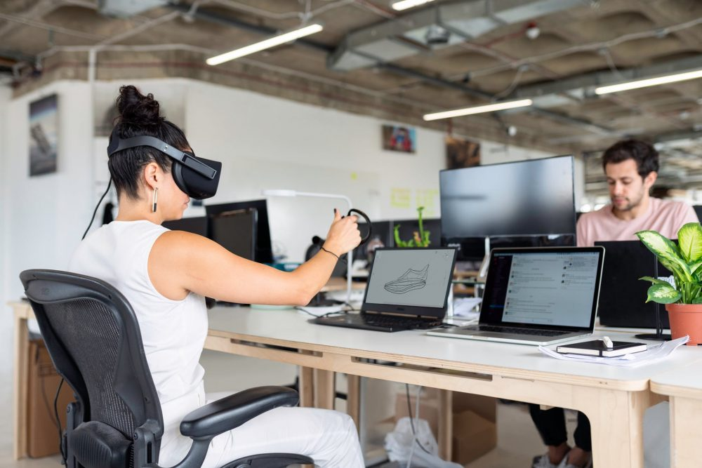 How Can VR And AR Revolutionize Research In Industry?