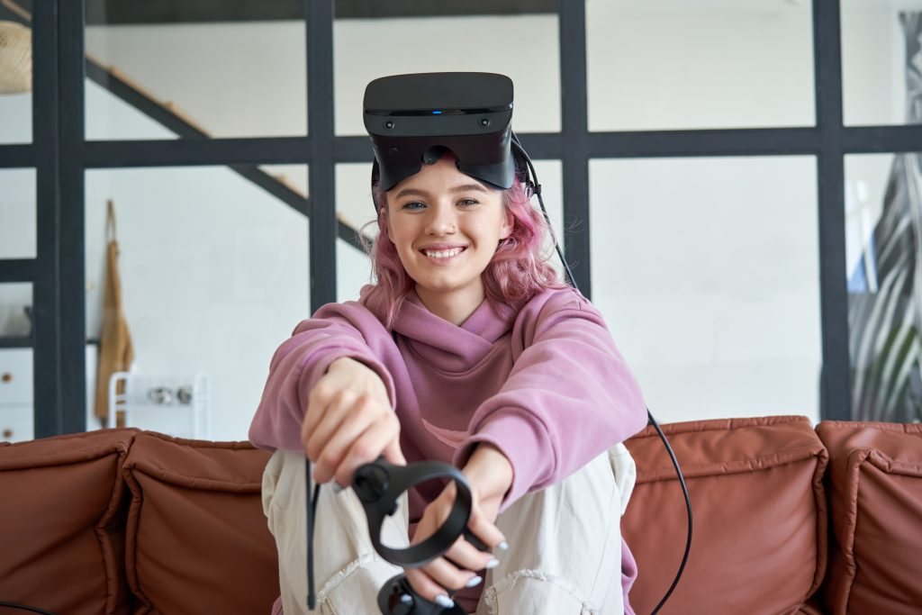 participate in VR from home.